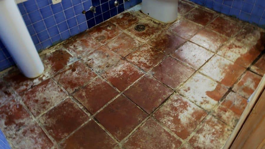 restaurar suelos de barro