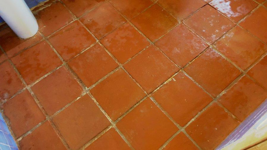Suelo-de-barro-tras-fase-limpieza-02