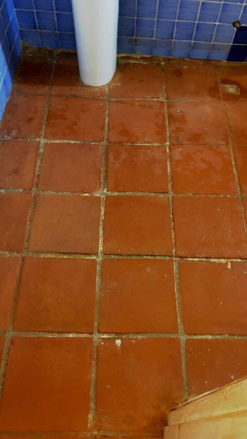 Suelo-de-barro-tras-fase-limpieza-04