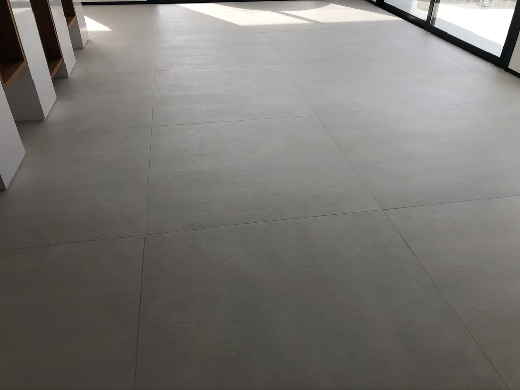 Resultado-final-suelo-porcelanico-03