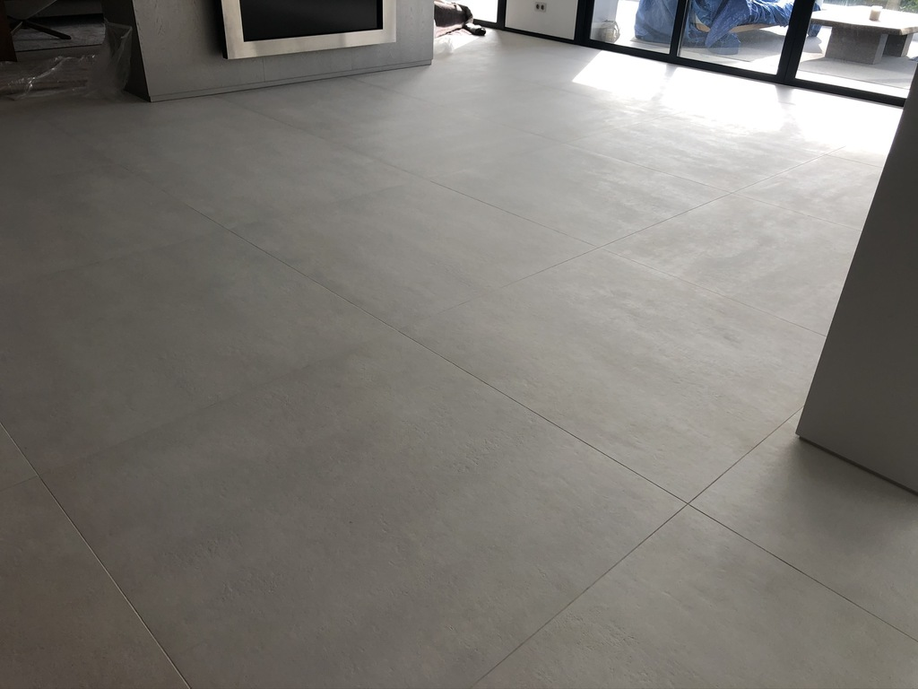 Resultado-final-suelo-porcelanico-04